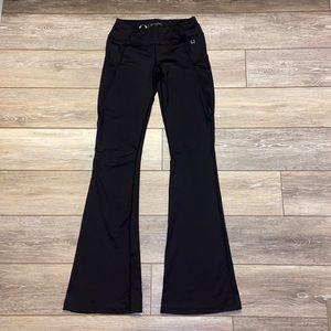 HYLETE FLARE LEG PANTS BLACK SIZE SMALL